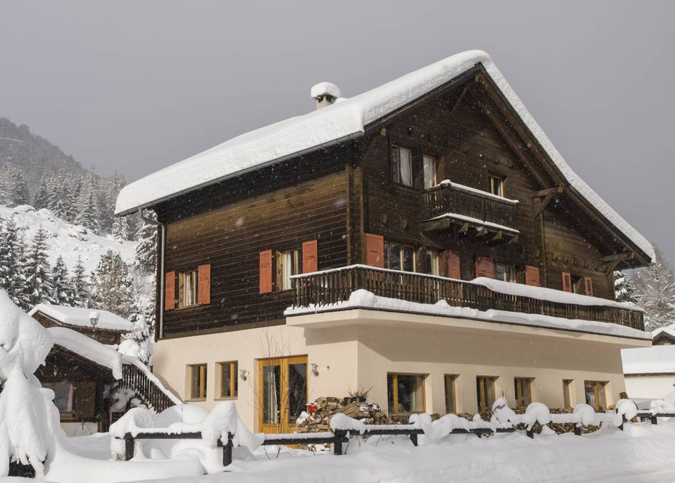 A snowy day at Chalet Edelweiss