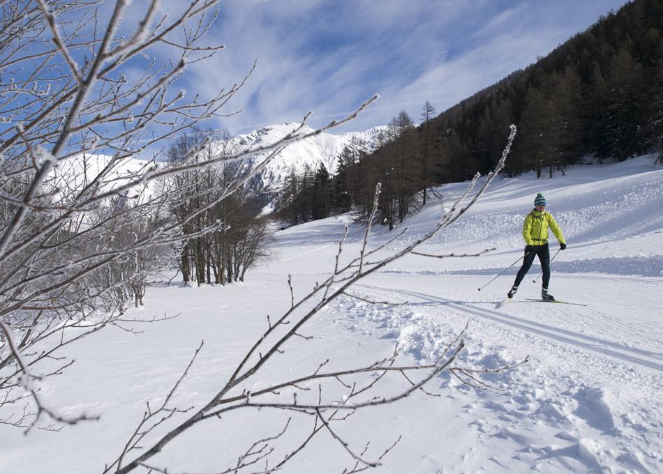 Cross-country skiing, snowshoe and walking tracks throughout the valley